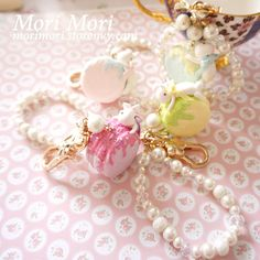 "Size:+length+13cm/5.2""  Material:+nontoxic+light+Japanese+cream+clay.  Note:+handmade+item+requires+3-6+days+to+make.+  ~~~~~~~~~~~~~~~~~  Tracking+number+($2.5)+with+free+gifts+is+recommended.+Shipping+arrives+within+2-3+weeks.    Search+for+MM005+for+this+item+on+  morimori.storenvy.com    Mori..."