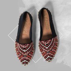 Não há nada melhor do que se sentir confortável não é meninas? Por isso hoje apostei nessa flat.  #ValentinaFlats  #shoes #fashion #loveit #loveshoes #shoeslover #flat #love  #style  #ootd #ootn #stylish #love #wish