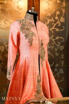 Kurta Designs Women, Salwar Designs, Blouse Designs, Western Dresses, Indian Dresses, Indian Outfits, Choli Dress, Anarkali Dress, Ethnic Fashion