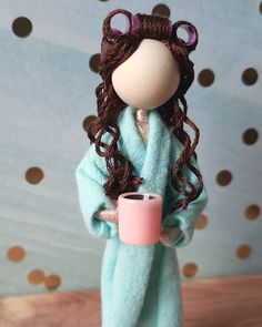 Custom Flower Dolls & Flower Fairies by EdmundDesigns Fairy Crafts, Doll Crafts, Bead Crafts, Wood Peg Dolls, Clothespin Dolls, Clothes Pin Ornaments, Yarn Dolls, Felt Fairy, Mermaid Dolls