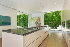 Fabulous Private Residence Encompassed by Vegetation in Los Angeles