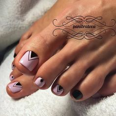Cool Nail Toe Designs with Geometric Prints picture 2 Pretty Toe Nails, Cute Toe Nails, My Nails, Toe Nail Color, Toe Nail Art, Acrylic Nails, Pedicure Nail Art, Manicure And Pedicure, Pedicure Ideas