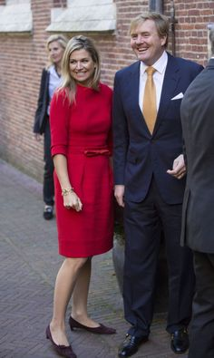 The Queen of the Netherlands has recycled a red Natan dress on October 1, 2015 in the Netherlands. She first wore it in November 2013, then wore it again in January 2014, and October 2014.