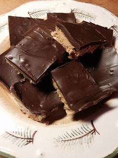 There's a Hippy in the Kitchen: No Bake Chocolate Pretzel Peanut Butter Squares / Trisha Yearwood