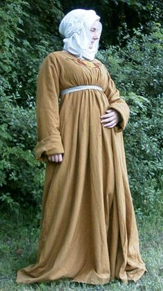 Historic Worlds - Costumes - Bourgeoisie Woman from the second half of the Viking Pattern, Historical Clothing, Larp, Vikings, Medieval, The Past, Costumes, 15th Century, Drapery