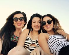 """Sadie Robertson and Bella Robertson """"loving this beach day with my girls❤️ Bella Robertson, Robertson Family, Jep And Jessica, Duck Commander, Duck Dynasty, Summer Photography, Friend Goals, Makeup For Brown Eyes, Friend Pictures"""