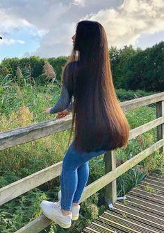 Very Long Hair, Braids For Long Hair, Beautiful Long Hair, Gorgeous Hair, Straight Hairstyles, Cool Hairstyles, Rapunzel Hair, Silky Hair, Dark Hair