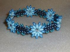 http://cheekybeads.blogspot.ca/search/label/Minta/ Free Pattern