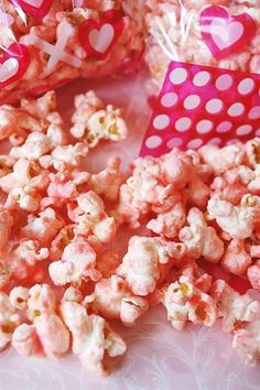 Pink Mother Goose Popcorn is almost as fun to make as it is to eat! Healthy Movie Snacks, Quick Snacks, Gourmet Popcorn, Popcorn Recipes, Pink Popcorn, Popcorn Bowl, Edible Creations, Tea Party Birthday, Homemade Candies