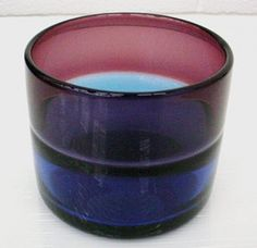 Vase by Arne Jon Jutrem, designed about 1958 | Corning Museum of Glass #glass #amethyst #vase