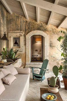Rustic Italian Home Home Interior Design, Exterior Design, Interior And Exterior, Italian Interior Design, Italian Home Decor, Italian Homes Exterior, Italian Farmhouse Decor, French Interior, French Decor