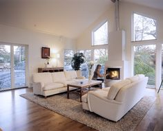 Living room with big windows Fireplace Remodel, White Leather Sofas, Interior Design Inspiration, Cozy House, Apartment Living, Home Renovation, Interior Architecture, Living Room Decor, House Design