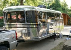 Vintage Travel Trailers Take Campers Back To A Simpler Time ...