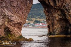 inch) Print (other products available) - The Rocher PercA© is a huge sheer rock formation in the Gulf of Saint Lawrence on the tip of the GaspA© Peninsula in Quebec, Canada - Image supplied by Fine Art Storehouse - Print made in Australia