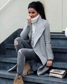 Herbst Winter Trends 2019 2020 - 2020 Fashions Woman's and Man's Trends 2020 Jewelry trends Look Fashion, Trendy Fashion, Winter Fashion, Fashion Trends, Fashion Spring, Fashion Styles, Womens Fashion, Fashion Models, Winter Trends