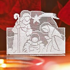 Discover thousands of images about occorrente per fare il presepe a uncinetto filet Crochet Christmas Ornaments, Christmas Crochet Patterns, Holiday Crochet, Christmas Cross, Christmas Diy, Filet Crochet Charts, Crochet Motifs, Thread Crochet, Crochet Doilies