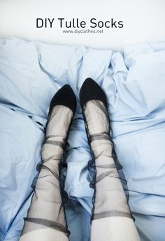 DIY Fashion Ideas – What you Need to be Creative – Designer Fashion Tips Diy Lace Socks, Sheer Socks, Diy Clothes Tops, Diy Clothing, Urban Fashion, Diy Fashion, Womens Fashion, Fashion Trends, Fashion Fall