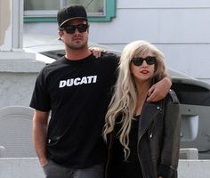 lady gaga and taylor kinney  www.thefirst10minutes.com