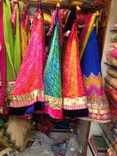 Bandhani lehengas by Araina fabs Mount Abu ph no . Indian Formal Wear, Indian Wear, Indian Skirt, Indian Dresses, Ethnic Outfits, Indian Outfits, Garba Chaniya Choli, Kids Lehanga, Chanya Choli