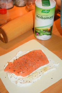 Salmon Recipes, Fish Recipes, Seafood Recipes, Snack Recipes, Cooking Recipes, Seafood Dishes, Fish And Seafood, Scandinavian Food, Good Food