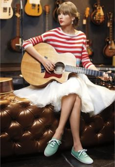 Taylor Swift Wants to Know: Do you Wear Your Keds with or Without Socks?