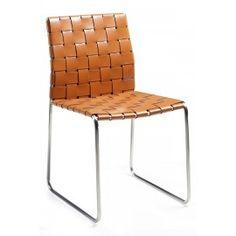 Designstoel - Bond - Gevlochten leder oranje - Dan-Form De designstoel Bond van Dan-Form krijgt een stoere look en feel door het gevlochten leder. De stoel is afgewerkt met een roestvrij stalen onderstel. De Bond stoel is verkrijgbaar in 3 kleuren leder. Zwart, beige en oranje.