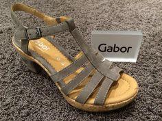 Gabor Schuhe in Übergrößen bei schuhplus - Damenschuhe in Übergröße. Seit vielen Jahren gehören Gabor und Gabor Comfort zum festen Programm bei schuhplus.com . In der kommenden Frühjahr-Sommer-Saison 2015 werden über 100 Modelle das Sortiment bereichern. Hier ein Ausblick auf die kommenden Modelle. Diese gibt es sodann im Webshop unter www.schuhplus.com und natürlich im 900 qm großen Fachgeschäft für Schuhe in Übergrößen in 27313 Dörverden (bei Bremen).