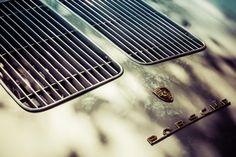🌞 New free photo at Avopix.com - Porsche Logo    🆗 https://avopix.com/photo/43033-porsche-logo    #grille #grate #barrier #obstruction #car #avopix #free #photos #public #domain