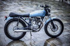 Honda From Nepal Tracker Motorcycle, Custom Motorcycle Helmets, Cafe Racer Motorcycle, Women Motorcycle, Honda Cb, Cg 125 Cafe Racer, Nepal, Vintage Honda Motorcycles, Small Motorcycles