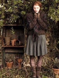 Mode Country, English Country Style, English Countryside, Mode Mori, Mori Girl Fashion, Forest Girl, Models, Winter Outfits, Winter Clothes