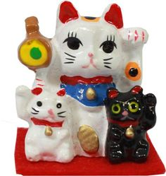 MANEKI NEKO Mini Display $3.50 http://thingsfromjapan.net/maneki-neko-mini-display/ #maneki neko #lucky cat #Japanese cat
