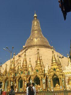Shwedagon Pagoda Yangon Bogantravel.com #bogantravel #travel #bogan_travel #ifollowback #yangon #shwedagon #bruma