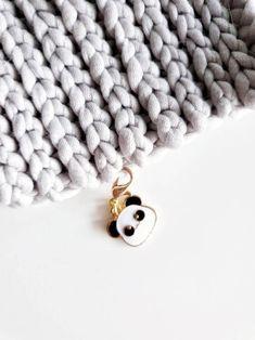 Panda lace stitch markers knitting accessories gifts for Panda Head, Knitting Accessories, Stitch Markers, Knitting Stitches, Merino Wool Blanket, Crochet Lace, Crocs, Handmade Items, Make It Yourself
