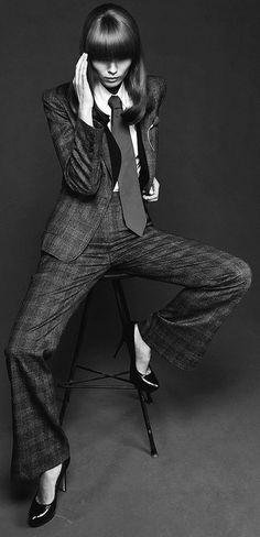 new Ideas womens suit photoshoot Vogue Fashion, Suit Fashion, Fashion Pants, Woman Fashion, Womens Dress Suits, Suits For Women, Clothes For Women, Women Ties, Womens Fashion For Work