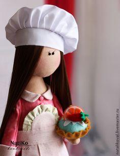 Я вам кекс испекла )) - розовый,кондитер,сладкоежка,текстильная кукла