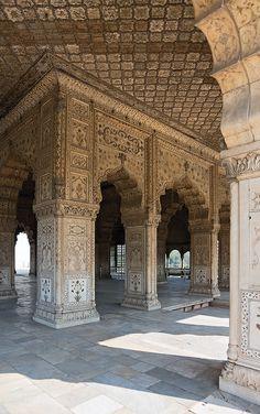 Arches | Diwan-i-Khas, Red Fort, Delhi, India