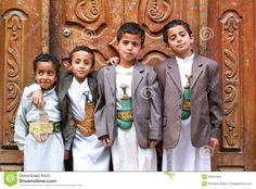 boys-traditional-clothes-sana-yemen-january-group-45331404.jpg (1300×960)
