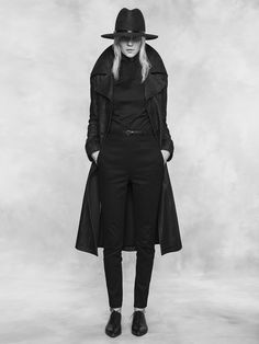 The Coat of Lorica cut from 12oz raw Italian denim, lined with warm black wool. Wide brim hat from our Guild Hattery together with high-waisted Rathaus Walking Pants and Eldar Shirt. Reval Denim Guild, Tallinn