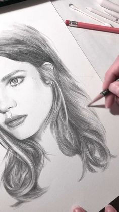 Time lapse video of drawing hair drawing videos Final piece of drawing hair in this portrait of Natalia Vodianova Portrait Au Crayon, L'art Du Portrait, Portrait Sketches, Pencil Portrait, Portraits, Pencil Art Drawings, Realistic Drawings, Art Drawings Sketches, Graphite Drawings