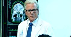 Kiefer Sutherland Returns in New Flatliners TV Trailer -- Get your first look at Kiefer Sutherland as medical professor Nelson Wright in a new Flatliners TV spot. -- http://movieweb.com/flatliners-tv-spot-kiefer-sutherland/