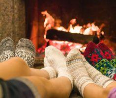 Girls Together #63 Πλησιάζουν τα Χριστούγεννα, ώρα να μπαίνουμε στο κλίμα.. Απόψε ξεκινά κι επίσημα για εμάς η χριστουγεννιάτικη περίοδος... (http://gynaikaeveryday.gr/?page=calendar&day=2015-11-25)