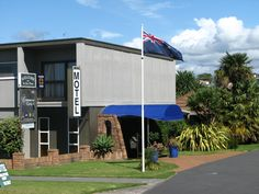 Tauranga Cobblestone Court Motel New Zealand, Pacific Ocean and Australia Located in Matua, Cobblestone Court Motel is a perfect starting point from which to explore Tauranga. The hotel offers a high standard of service and amenities to suit the individual needs of all travelers. All the necessary facilities, including free Wi-Fi in all rooms, Wi-Fi in public areas, car park, airport transfer, family room, are at hand. Guestrooms are designed to provide an optimal level of com...