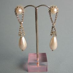vintage drop pearls