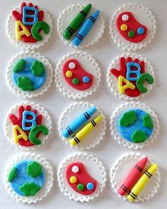 Ähnliche Artikel wie 12 Fondant edible cupcake/cookie toppers - Teachers gift / schoo, fondant art party, fondant crayons, little kids art birthday party auf Etsy 12 Fondant essbare Cupcake/Cookie Topper Lehrer von TopCakeDecors Teacher Cupcakes, School Cupcakes, School Cake, Fun Cupcakes, Cupcake Cookies, Valentine Cupcakes, Heart Cupcakes, Valentine Treats, Art School