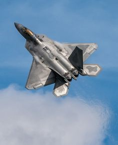 Lockheed F-22 Raptor - USAF Military Jets, Military Aircraft, Air Fighter, Fighter Jets, F22 Raptor, Jet Plane, Fighter Aircraft, Air Force, Aeroplanes