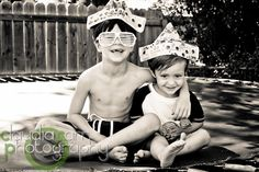 Claudia Farr Photography: Harlingen Family Photographer / Caio's Paper Boat Party