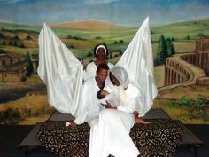 Dec 14 – 15:  Cincinnati Black Theatre Company presents Black Nativity - A Celebration of a Holiday Classic.  The majestic and brightly-staged production tells the original biblical story of the Nativity through scripture and verse.    Word of Deliverance Family Life Center.  www.cincinnatiblacktheatre.org