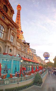 Patio dining in Vegas - Mon Ami Gabi Paris Las Vegas
