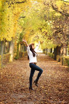 Shooting in Schoenbrunn Autumn, Style, Fashion, Woman, Swag, Moda, Fall Season, Fashion Styles, Fall