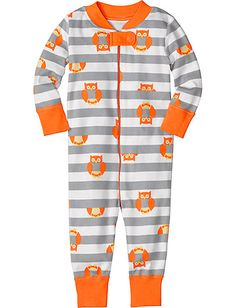 Night Night Baby Sleepers In Pure Organic Cotton from Hanna Andersson. Our favorite sleepers & play rompers. Adorable.